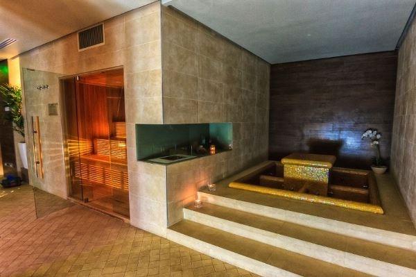 04_roman_plaza_hotel (1)