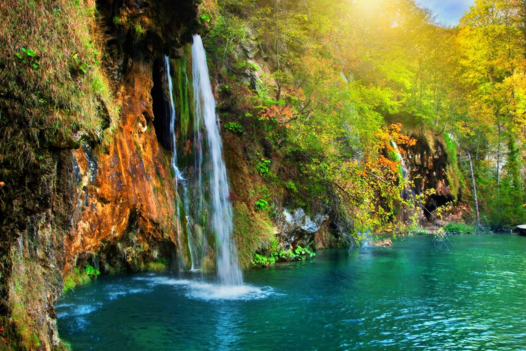 1444425433National park Plitvice Lakes