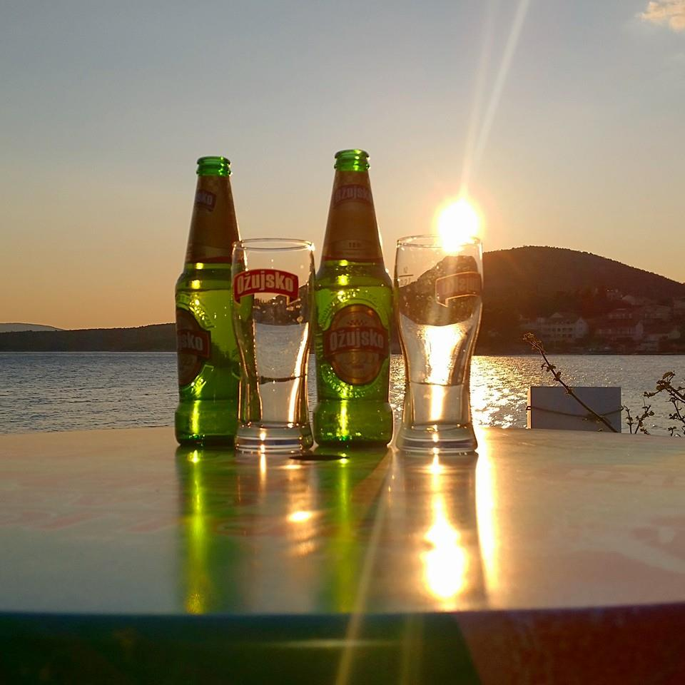 Drinks-at-Sunset