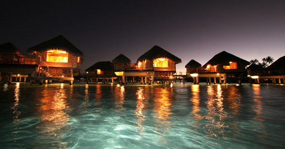 luxury-hotels-french-polynesia-le-tahaa-island-resort-spa-slide-1_lg
