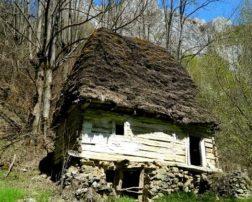 Firijba, cel mai vechi sat din România, sat turistic valcea, sat parasit firijba, sate frumoase din romania cele mai frumoase sate din oltenia