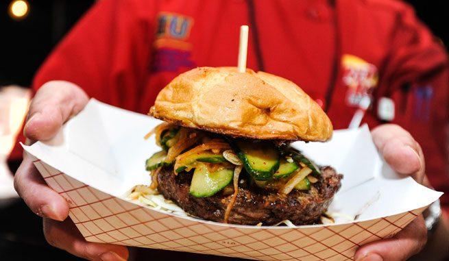 Dezmățul culinar începe la Bucharest Street Food Festival, din 8 septembrie