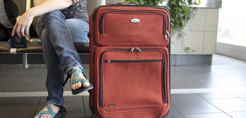 Wizz Air permite călătoria gratuită cu un bagaj mare de mână