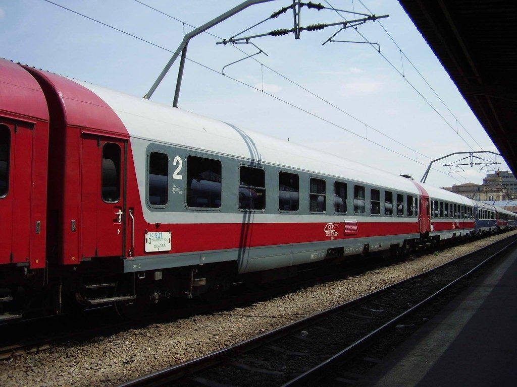 calatoria-cu-trenul