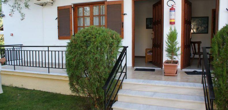 Concediu în Thassos: 110 de euro/persoană pentru cazare 7 nopți în plin sezon
