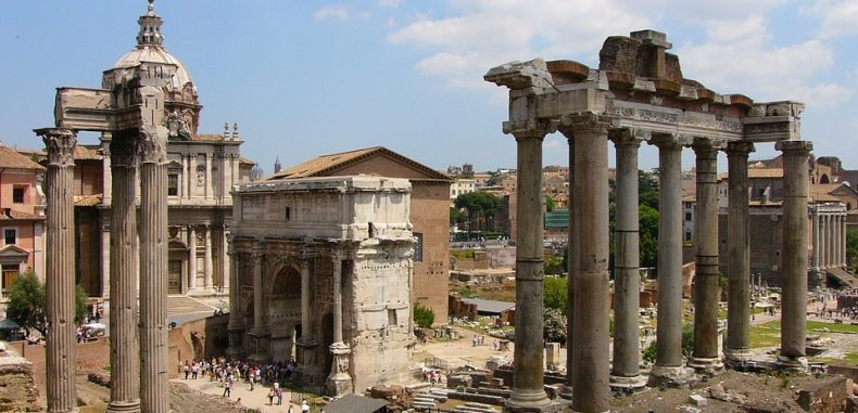 Bilete de avion către Roma de la 26 de euro, dus-întors