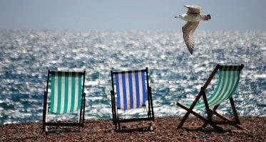 vacanțe în străinătate vino gratis cu avionul la mare