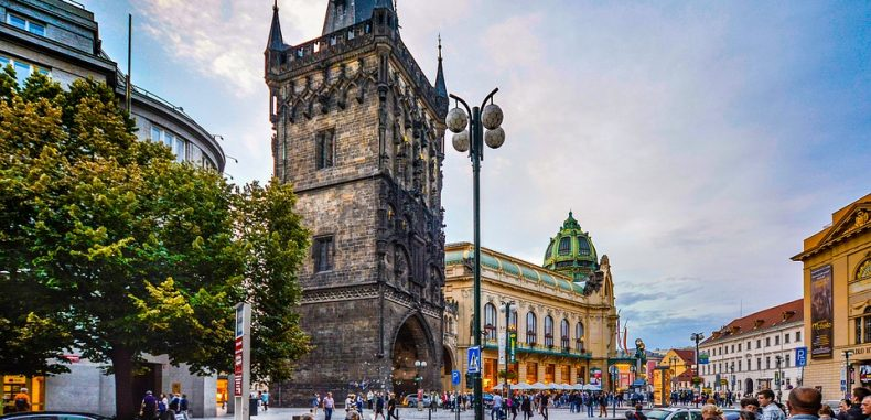 City break Praga: 199 euro (bilete de avion + cazare 3 zile)
