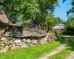 sat românesc frumusețe secretă