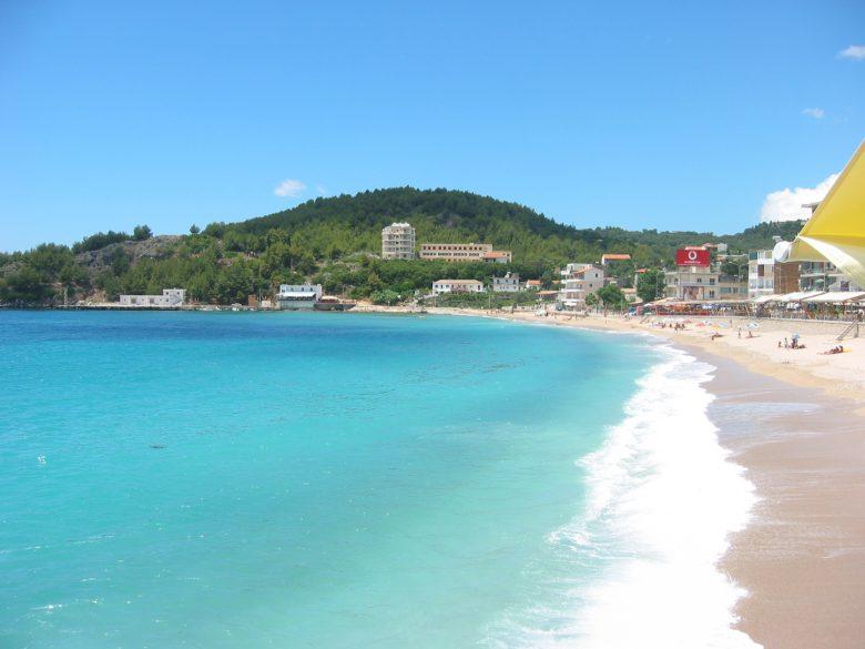 plaje albania plaja himara paradisul regasit al europei