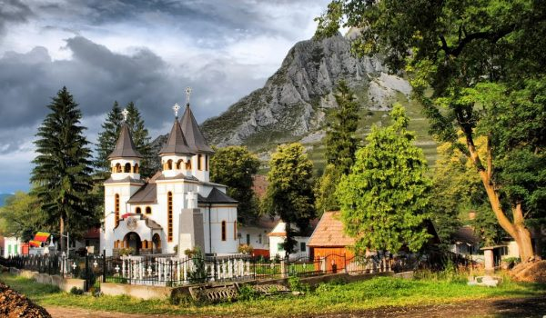 satul românesc vii turist și pleci prieten, satul rimetea alba cazare in rimetea double rise rimetea rimetea coltești
