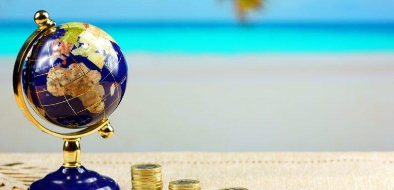O treime dintre români își cumpără vacanțe în rate, la mare