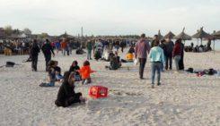 Vama Veche vă așteaptă cu muzică ambientală, aceasta fiind o măsură pentru a reduce aglomerările de persoane în jurul barurilor și teraselor de pe plajă.