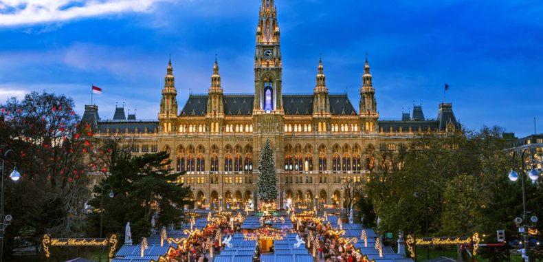 Mini-vacanța de 1 Decembrie: orașele europene cu târguri de Crăciun de la 209 euro pe lună