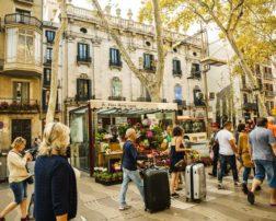 Două treimi dintre respondenți călătoresc în străinătate cel puțin o dată pe an, iar media călătoriilor în afara țării a tuturor participanților la studiu este de 1.5/an. tendinte de calatorie in 2018