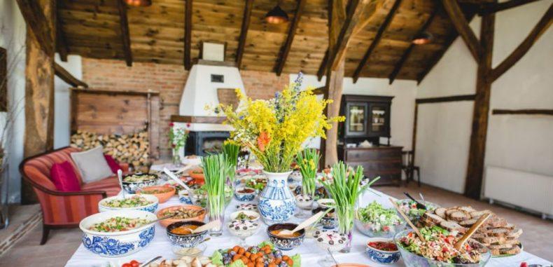 Se redeschid birourile de promovare turistică a României