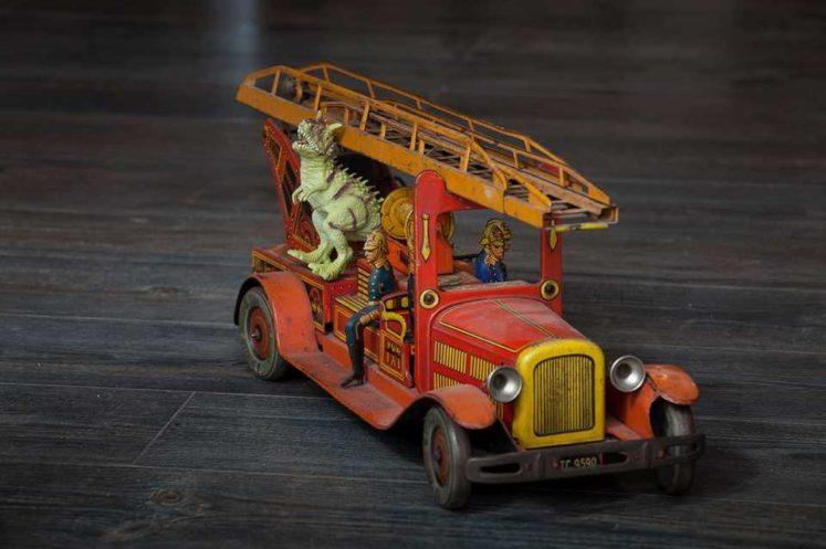 jucării vechi dino parc