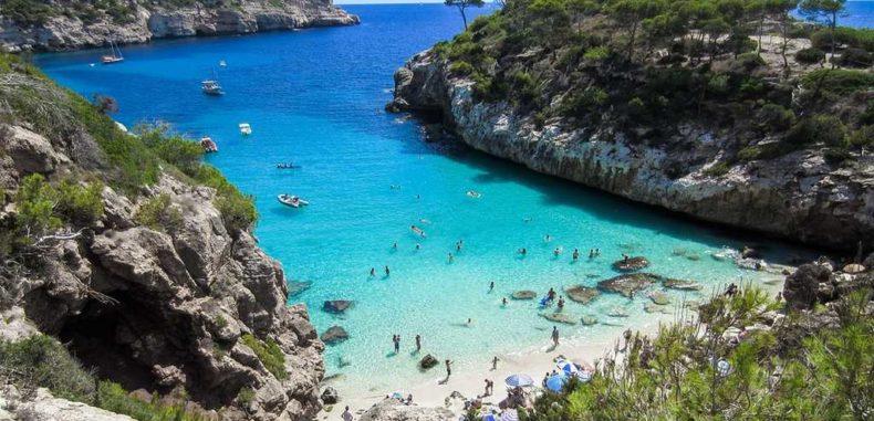 Cele mai frumoase plaje din Mallorca vă așteaptă în această vară