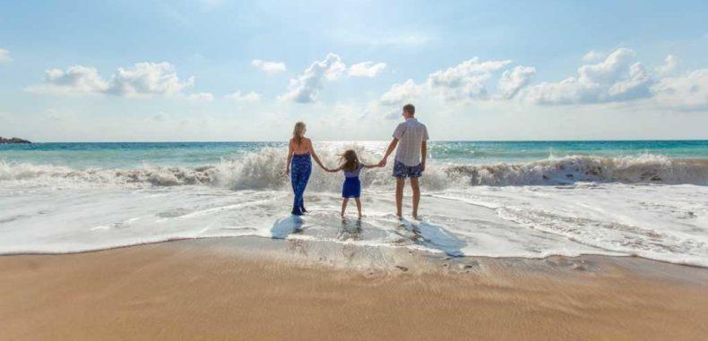 Destinații ieftine pentru o săptămână la plajă vara aceasta