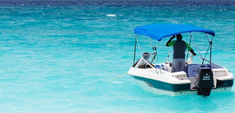 """De la pseudo-ministru Turismului citire: """"Fără agrement nautic la mare"""""""