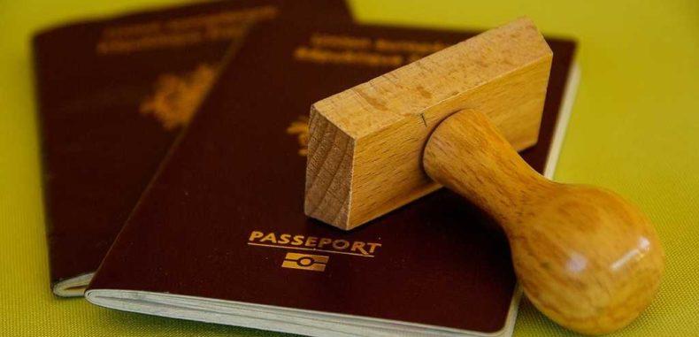 Serviciile de pașapoarte București și Ilfov prelungesc programul de lucru