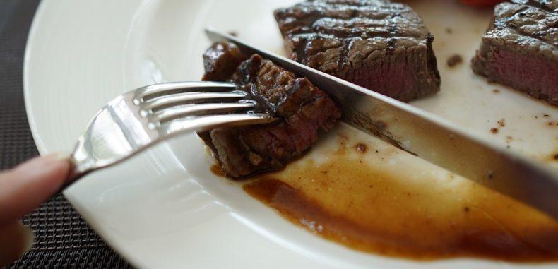 Dezmăț culinar vânătoresc la restaurant Burebista