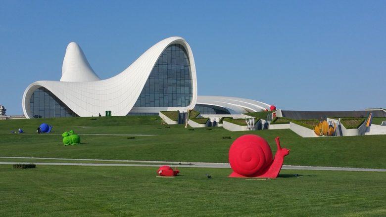 Ce poți vizita și experimenta în Azerbaidjan. Mic ghid turistic