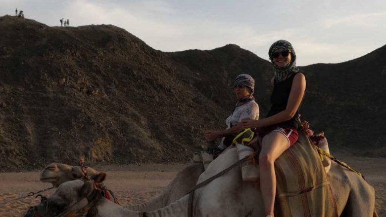Safari în Hurghada, adrenalină într-un peisaj selenar