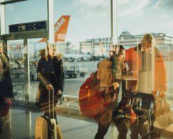 datele pasagerilor aerieni