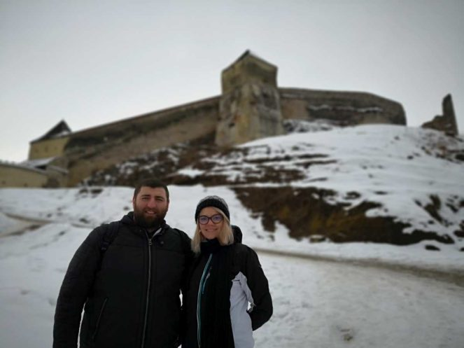 cetatea râșnov cetatea râșnovului pensiune râșnov pestera valea cetății râșnov brașov