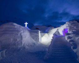 biserica de gheață sfințirea bisericii de gheață hotelul de gheață bâlea lac cazare bâlea lac (5)