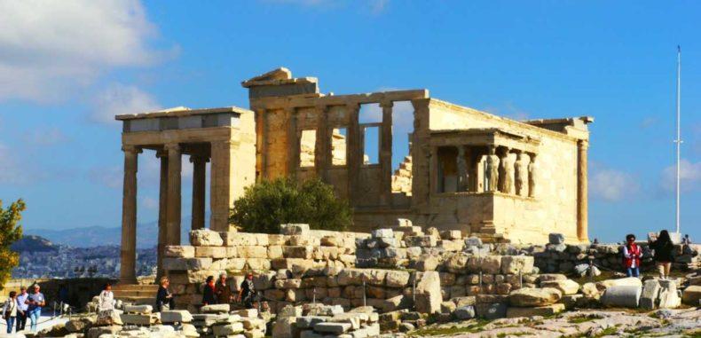 City break în Atena. Te întorci în timp și te pui la masă cu zeii