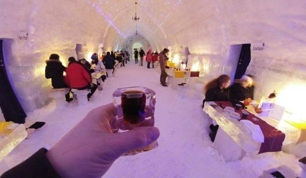 Hotelul de Gheață Bâlea Lac organizează spectacole culinare