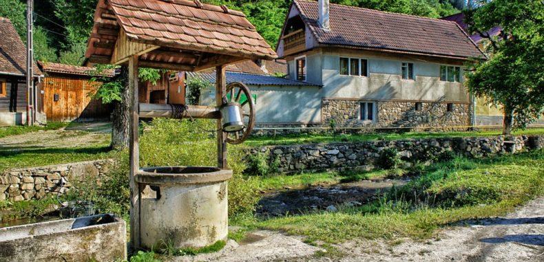 """Mini-vacanță ieftină și plină de aventuri """"made în România"""""""