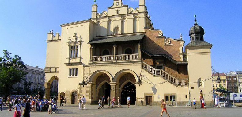 LOT Polish Airlines a lansat noua rută Bucureşti – Cracovia