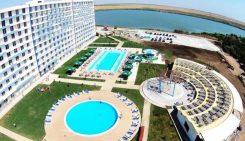 Românii care merg în vacanța de vară în stațiunile de pe litoralul românesc preferă să-și petreacă sejurul în hoteluri de top, de 4 și 5 stele