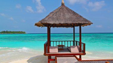 Echipa motorului gratuit de căutare pentru călătorii momondo.ro a căutat 7 dintre cele mai bune oferte last minute pentru cei care își doresc să călătorească în mini-vacanța de 1 Mai sunny beach cea mai ieftina stațiune la malul mării negre în 2019 1
