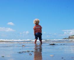 Top 3 destinații pentru călătorii însoțiți de nou-născuți