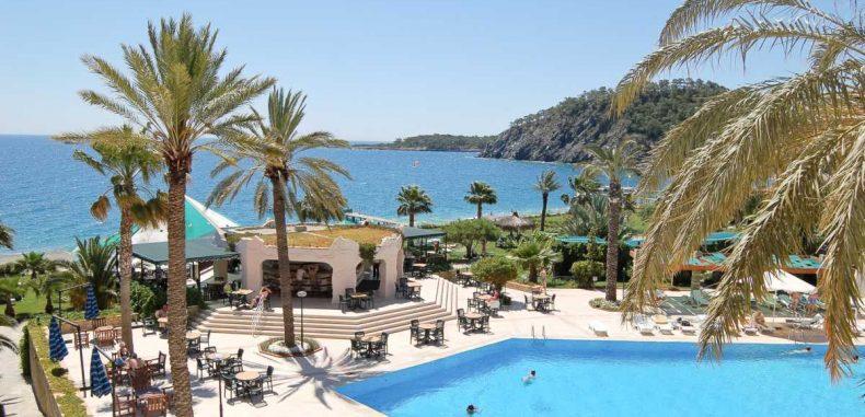 Antalya, destinația vedetă și în vara 2019. Are cele mai multe chartere