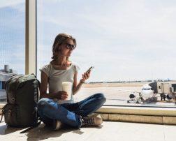 56% dintre respondenții europeni încă își doresc să călătorească între lunile Mai și Septembrie 2020, atât timp cât destinațiile preferate nu vor fi în carantină 29% dintre români își fac griji privind felul în care vor decurge planurile de călătorie. Germanii se stresează cel mai puțin Top 10 cele mai bune aplicații de călătorie