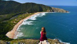 Vacanțele la litoralul Mării Negre vor fi cu până la 10% mai ieftine decât cele din 2019, pe fondul falimentului cele mai vechi companii de turism din lume români triști și fără chef de muncă